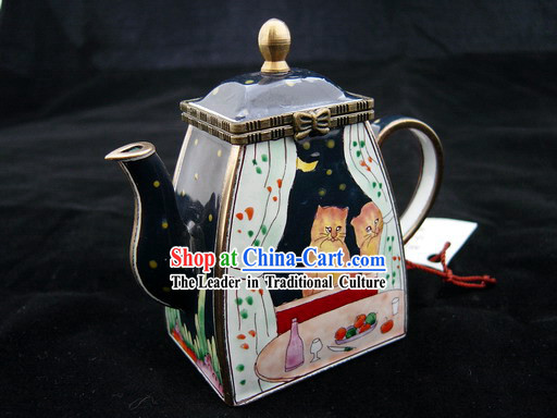 Chinese Hand Painted Enamel Colorful Pot-Lovely Cat Couple