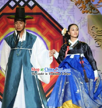 Korean Stage Performer's Costumes 2 Sets for Men and Women