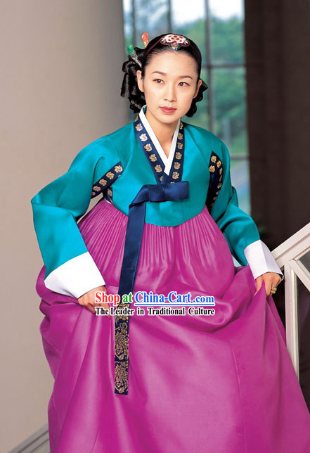 Traditional Korean Hanbok Clothing for Women