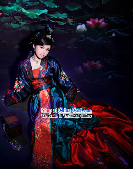 Chinese Stunning Empress Clothing and Hair Decoration Complete Set