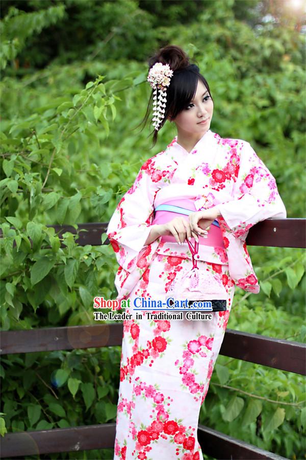 Traditional Japanese Yukata for WomenTraditional Yukata