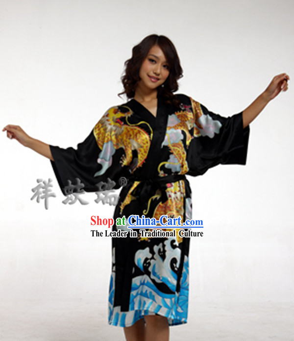 Beijing Rui Fu Xiang Silk Dragon Pajama for Women