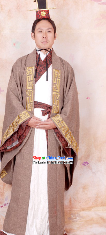 Ancient Chinese Han Dynasty Male Clothing and Hat