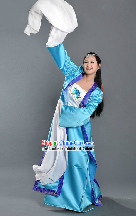 Ancient Chinese Long Water Sleeve Dance Costume