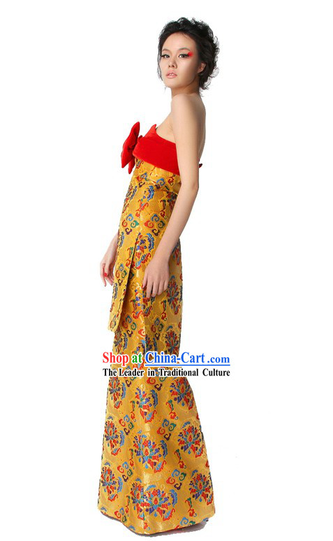 Chinese Classical Golden Long Tail Wedding Evening Dress