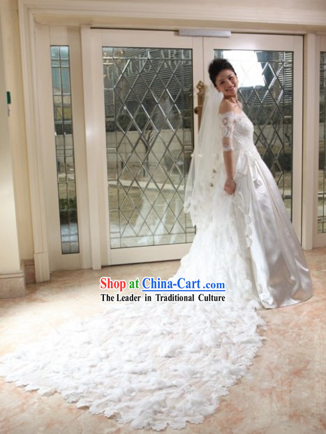 Stunning Mandarin Style Long Tail Wedding Dress