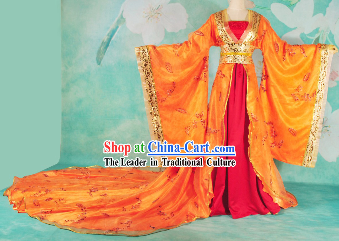 Ancient Chinese Palace Empress Clothing with Long Tail for Women