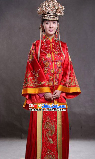 Traditional Chinese Embroidered Lucky Red Wedding Dress Complete Set