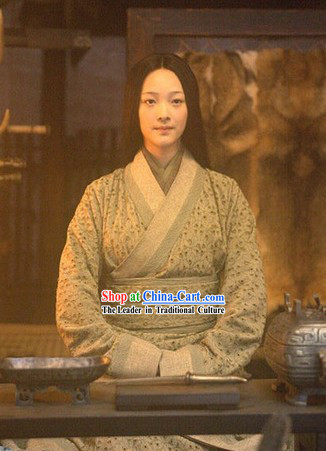 Qin Dynsaty Period Chinese Costume Yu Ji Xiang Yu's Wife Han Beauty Clothing for Women