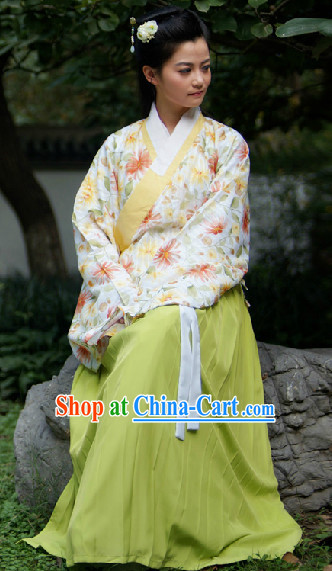 Ancient Chinese Ming Dynasty Attire Complete Set