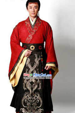 Ancient Chinese Han Dynasty Emperor Clothing and Crown for Men