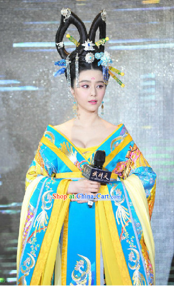 Chinese Tang Empress Hair Decorations Wig and Clothes Complete Set