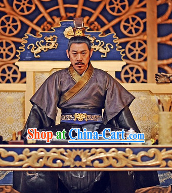 Ancient China Emperors Clothing and Crown