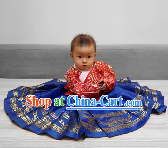 Ming Dynasty Dresses for the Little Girl