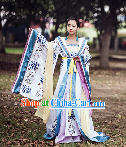 Chinese Traditional Princess Clothing and Hair Accessories Complete Set