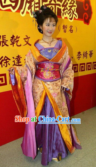 Ancient Chinese Tang Princess Clothing and Head Accessories Complete Set