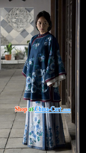 Chinese Classic Noblewoman Movies Costumes and Hair Accessories