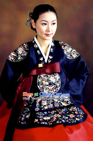 Korean Traditional Dress Ceremonial Costume for Women