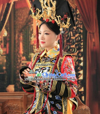 Chinese Traditional Queen Embroidered Phoenix Gown and Hair Jewelry Complete Set