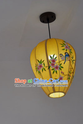 Chinese Classic Handmade and Painted Bird Flower Hanging Lantern