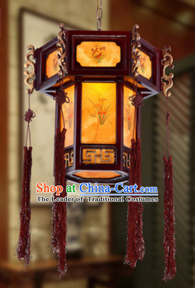 Chinese Ancient Handmade and Carved Natural Wood Hanging Lantern