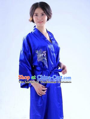 Kimono Japanese Traditional Clothes Stage Show Wafuku Aristolochia ringens Tomesode Blue