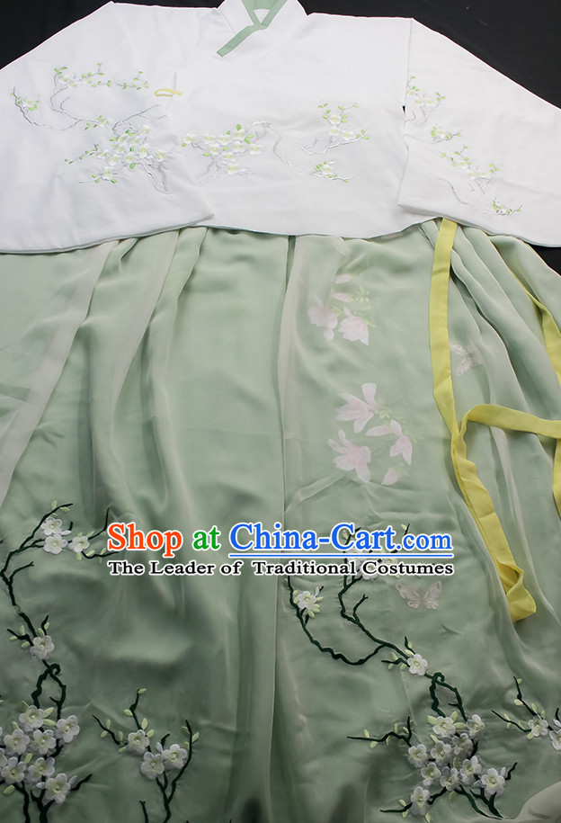 Ancient Chinese Embroidered Squirrel Hanfu Garment Top and Bottom Clothing Complete Set