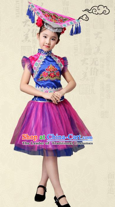 7d400a096 Traditional Chinese Yi Nationality Dance Costume