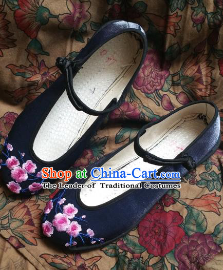 4c4f4281700a19 Traditional Chinese National Embroidered Shoes Handmade Navy Satin Shoes