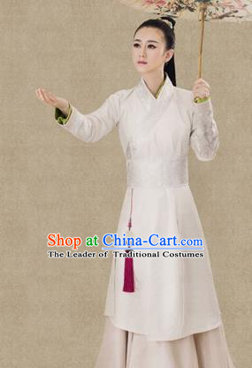 Traditional Ancient Chinese Swordswoman Costume, Chinese Ming Dynasty Young Lady Embroidered Clothing for Women