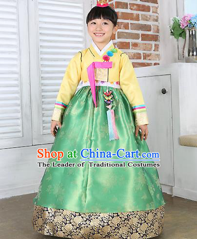 Traditional Korean Handmade Formal Occasions Costume Embroidered Baby Brithday Girls Yellow Blouse and Green Dress Hanbok Clothing