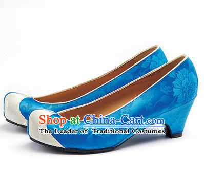 Traditional Korean National Wedding Blue Embroidered Shoes, Asian Korean Hanbok Bride Embroidery Satin High-heeled Shoes for Women
