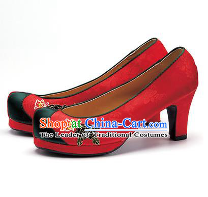 Traditional Korean National Wedding Shoes Red Embroidered Shoes, Asian Korean Hanbok Embroidery Black Flowers High-heeled Court Shoes for Women