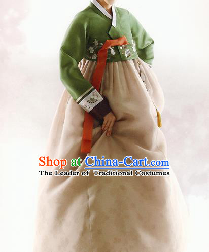 Asian Korean National Handmade Formal Occasions Wedding Bride Clothing Green Embroidered Blouse and Brown Dress Palace Hanbok Costume for Women