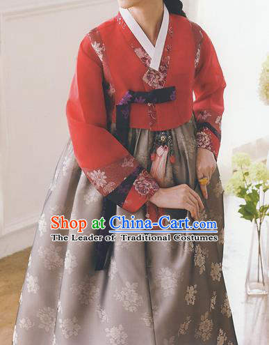 Korean National Handmade Formal Occasions Wedding Bride Clothing Embroidered Red Blouse and Grey Dress Palace Hanbok Costume for Women