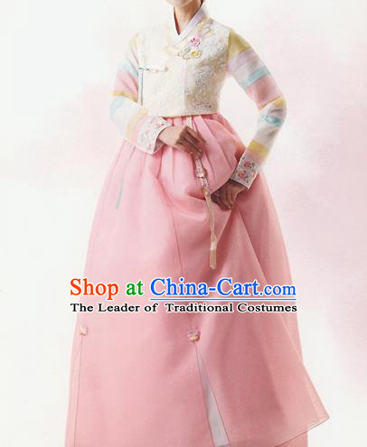 Korean National Handmade Formal Occasions Wedding Bride Clothing Embroidered White Blouse and Pink Dress Palace Hanbok Costume for Women