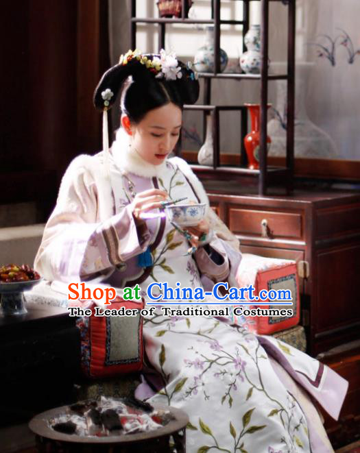 Traditional Chinese Qing Dynasty Imperial Consort Costume, Chinese Ancient Manchu Senior Concubine Embroidered Clothing for Women