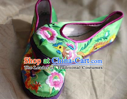 Asian Chinese Traditional Shoes Bride Green Embroidered Shoes, China Peking Opera Handmade Embroidery Phoenix Peony Shoe Hanfu Princess Shoes for Women