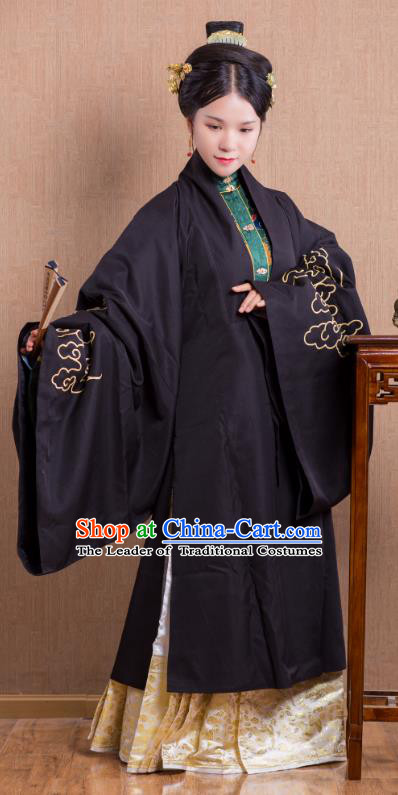 Asian China Ming Dynasty Princess Costume Wide Sleeve Cardigan, Traditional Ancient Chinese Palace Lady Embroidered Hanfu Black Cape Clothing for Women