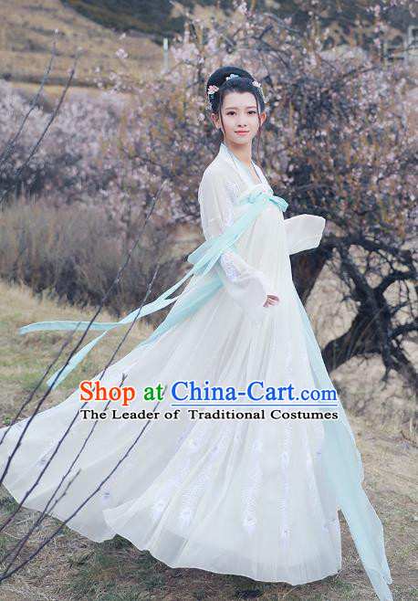 Asian China Tang Dynasty Imperial Princess White Costume, Traditional Ancient Chinese Hanfu Embroidered Clothing for Women