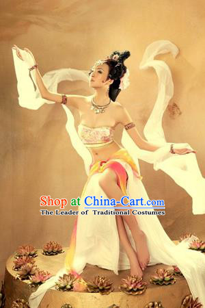 Traditional Ancient Chinese Dunhuang Flying Apsaras Dance Costume, Elegant Hanfu Clothing Chinese Tang Dynasty Imperial Emperess Clothing for Women