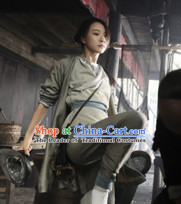 Ancient Chinese Light Grey Kung Fu Uniform for Women