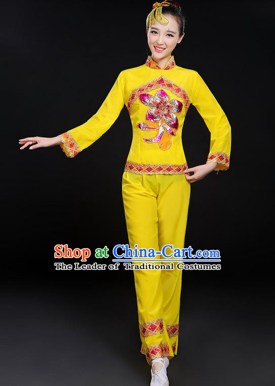 Traditional Chinese Yangge Fan Dancing Costume, Folk Dance Yangko Uniforms, Classic Dance Elegant Dress Drum Dance Paillette Peony Yellow Clothing for Women