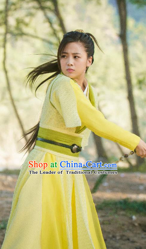 Traditional Ancient Chinese Chivalrous Swordswoman Costume, Chinese Ming Dynasty Heroine Young Lady Yellow Dress, Cosplay Chinese Television Drama Flying Daggers Princess Hanfu Clothing for Women