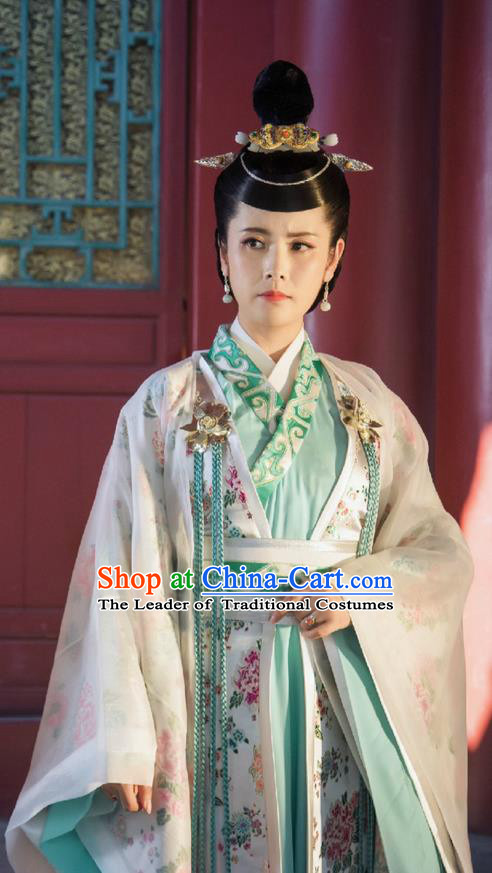 Traditional Ancient Chinese Elegant Imperial Consort Costume and Handmade Headpiece Complete Set, Chinese Television Drama Flying Daggers Palace Lady Dress Chinese Ming Dynasty Queen Embroidered Hanfu Clothing for Women