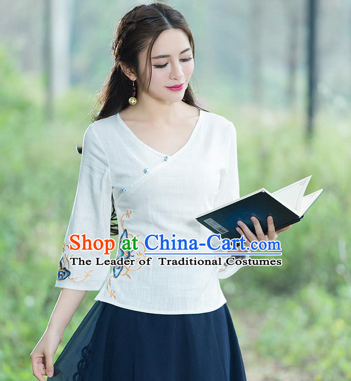 Traditional Chinese National Costume, Elegant Hanfu Embroidery Flowers Slant Opening White T-Shirt, China Tang Suit Republic of China Chirpaur Blouse Cheong-sam Upper Outer Garment Qipao Shirts Clothing for Women
