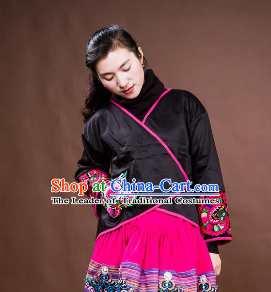 Traditional Chinese National Costume Cotton-padded Coat, Elegant Hanfu Embroidered Peony Tang Suit Jacket for Women