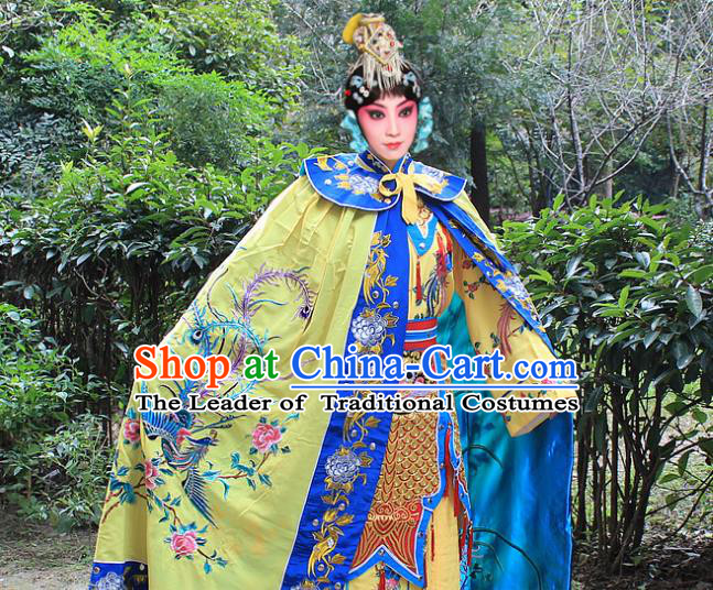 Traditional China Beijing Opera Young Lady Costume Diva Embroidered Phoenix Yellow Cloak, Ancient Chinese Peking Opera Hua Tan Embroidery Cape Clothing