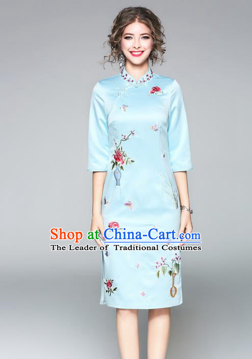 Asian Chinese Oriental Costumes Blue Plated Buttons Cheongsam, Traditional China National Embroidery Chirpaur Dress for Women