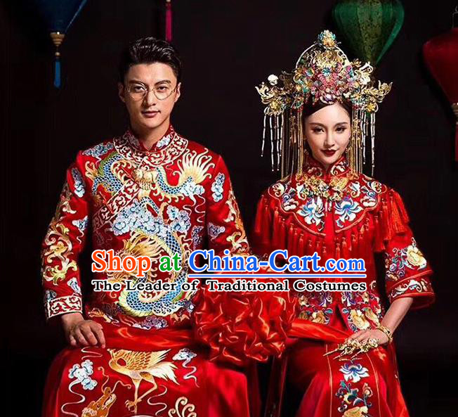 Traditional Chinese Wedding Costume Xiuhe Suits Chinese Style Embroidered Dragon and Phoenix Toast Cheongsam for Women for Men